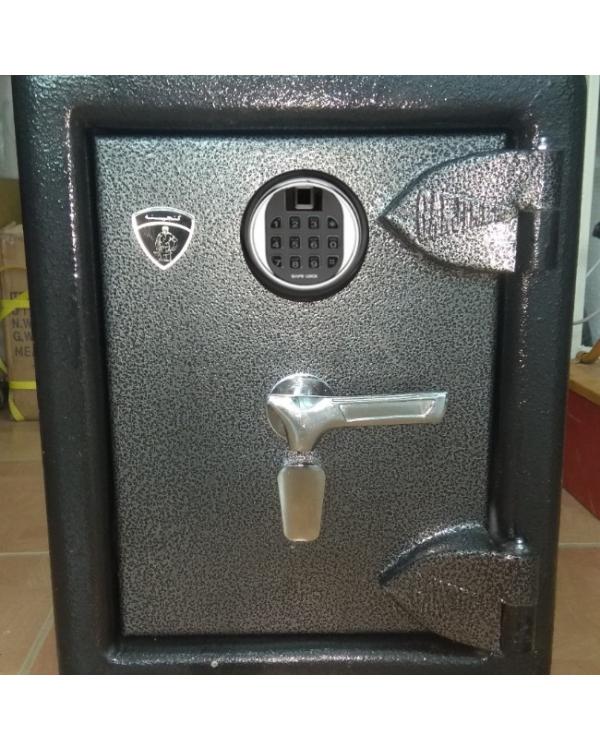 گاوصندوق گنجینه مدل G150k